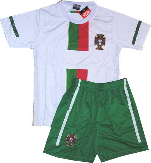 ... Детская футбольная форма сборной Португалии-2010 11 511e2a2a5ad